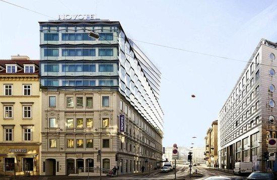Novotel Wien City: Novotel foto da fine via