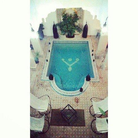 Riad Les Jardins Mandaline: Le patio et sa piscine
