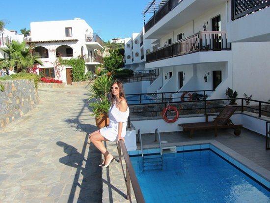 Hersonissos Maris Hotel and Suites : номер с бассейном !