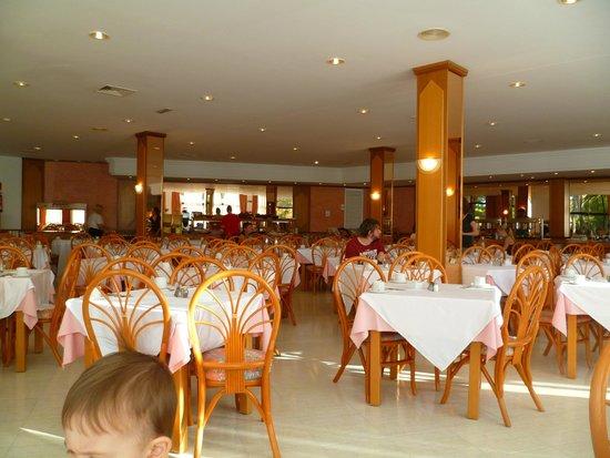 Exagon Park : la salle à manger