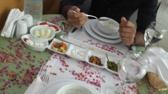 Kervansaray Hotel Kundu: yıldönümü yemeğimiz