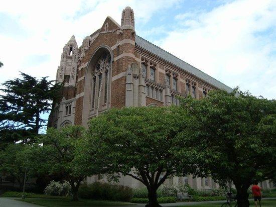 University of Washington: Prédio antigo mas avançado por dentro