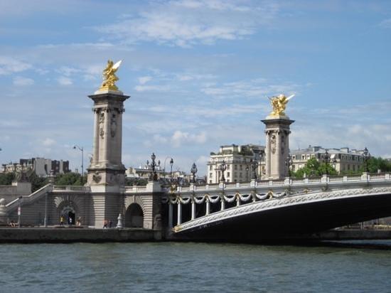 Pont Alexandre III: just beautiful!