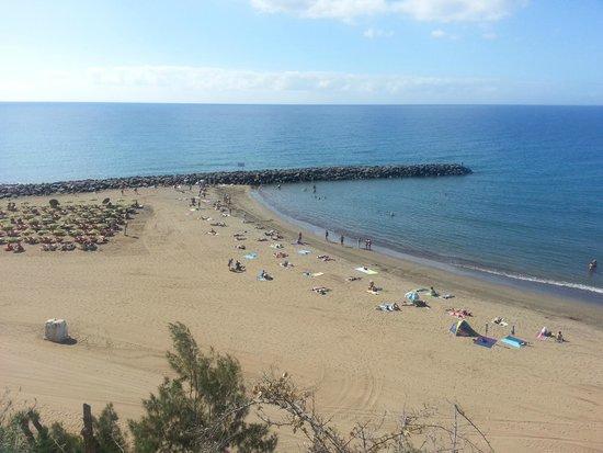 IFA Continental Hotel: beach 5 min walk