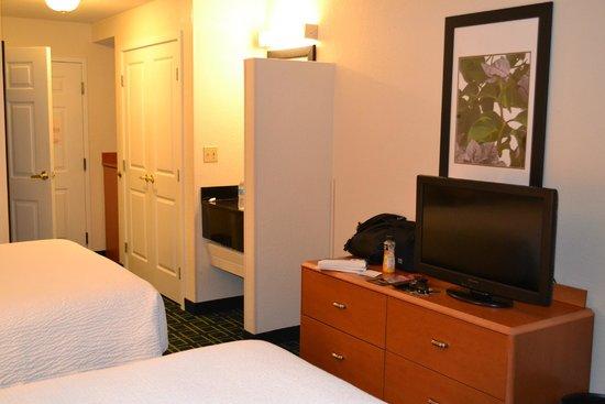 Fairfield Inn & Suites Orlando Lake Buena Vista: Habitaciones