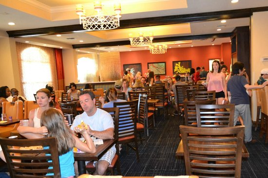 Fairfield Inn & Suites Orlando Lake Buena Vista: Desayuno