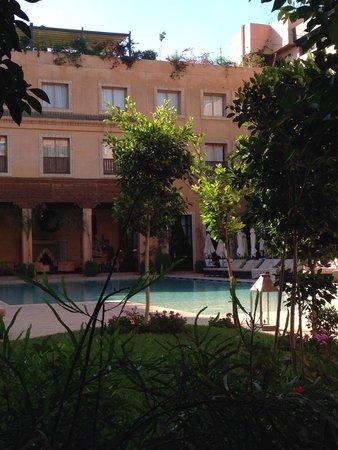 Les Jardins de La Koutoubia : Main pool view
