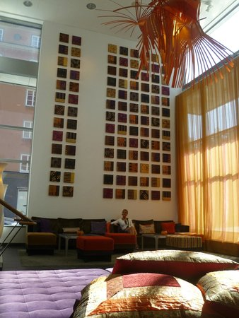 BEST WESTERN PLUS Time Hotel: View of the reception hall