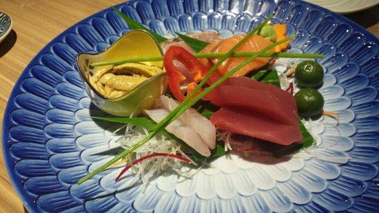 Mangetsu: 5 kind of Sashimi