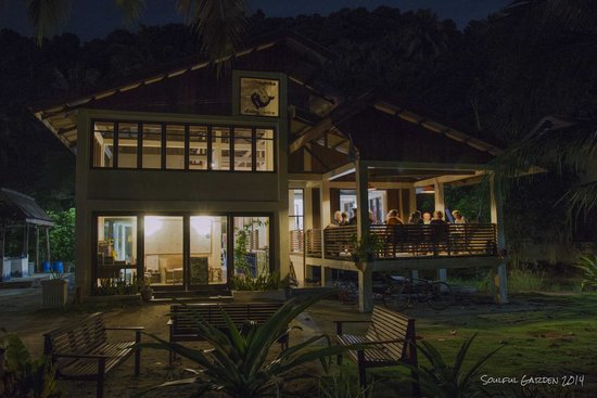 Lumba Lumba Diving Centre: Lumba Lumba at night