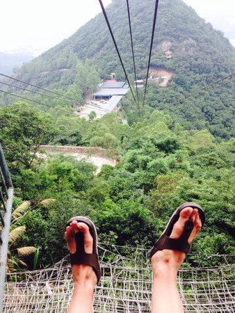 Dongwan Guanyin Mountain: this is how you can go down the mountains) 20 uan)
