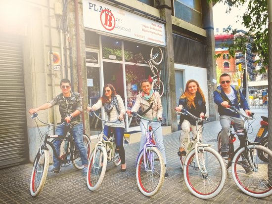 Luggage Point & Rent a Bike: Our friends!