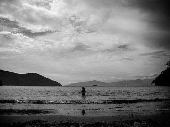 Abraaozinho Beach: Águas sempre mansas na enseada.