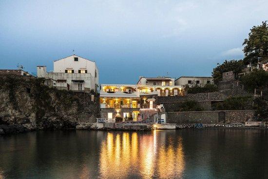 Ischia Blu Resort: The resort saw from the sea