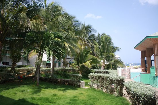 Samsara Cliffs Resort: View outside our room
