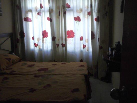 Hotel Puente Real: Bedroom