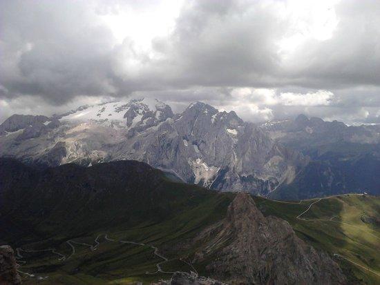 Funivia Pass Pordoi: Vista dal Sass Pordoi