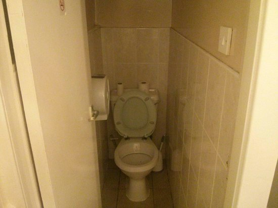 Smiths Hotel: This is a toilet for the room, this is for the entire floor.