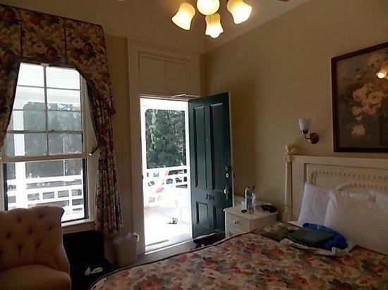 Big Trees Lodge: Room 205