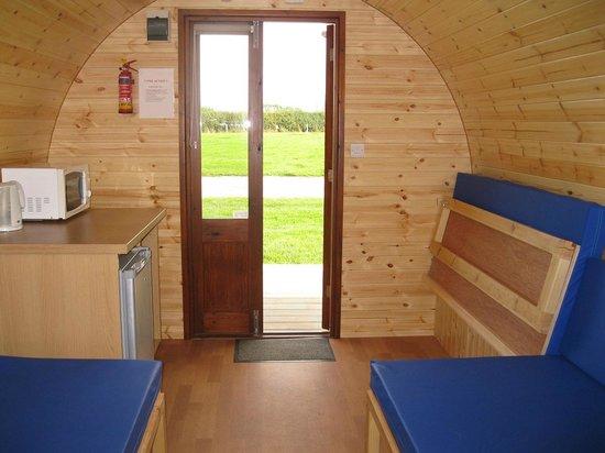 Middlewood Farm Holiday Park: Gypsy Cabin Interior