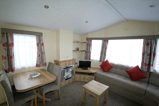 Middlewood Farm Holiday Park: Holiday Home Interior 12ft wide