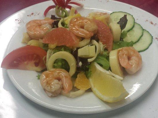 La Pignatelle : La salade de gambas aux agrumes et ses senteurs exotiques