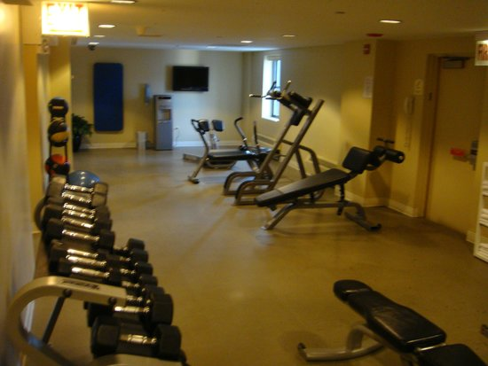 Warwick Allerton-Chicago: Gym