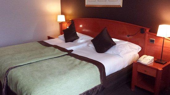 Martin's Chateau du Lac Hotel: la chambre