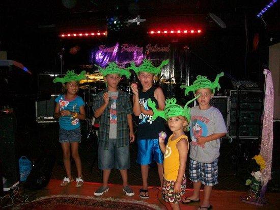 Isla Grand Beach Resort : Fun for the kids - Crab Rades