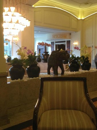 Hilton Colombo: The Front Lobby