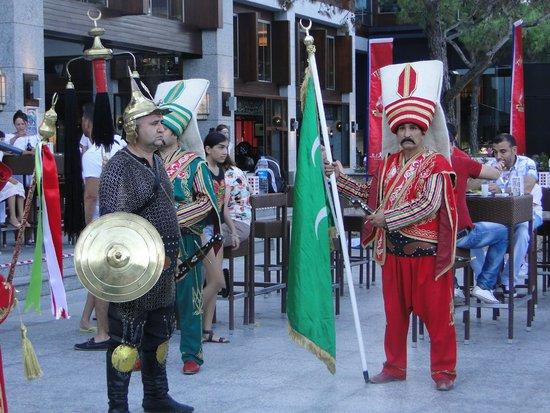 Rixos Sungate: Турецкая ночь