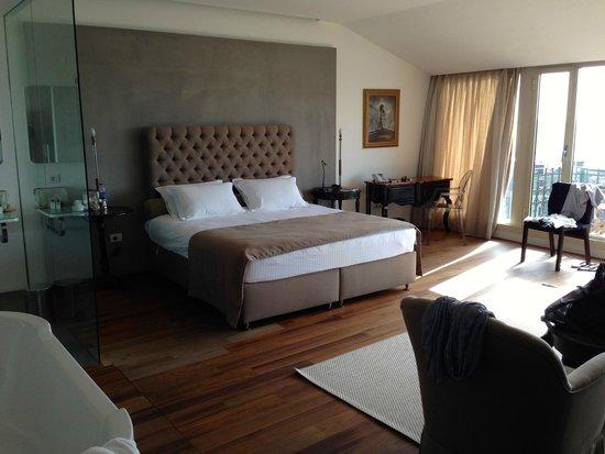 Ansen Suites : Bedroom
