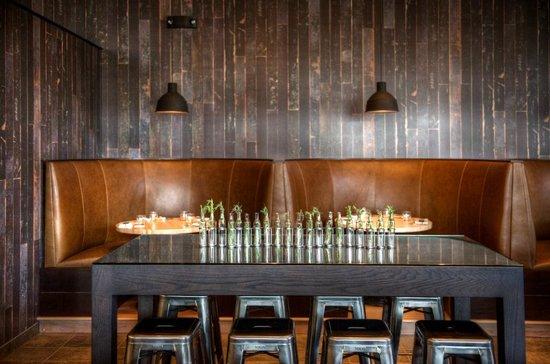 Harlan Social: Bar Banquettes