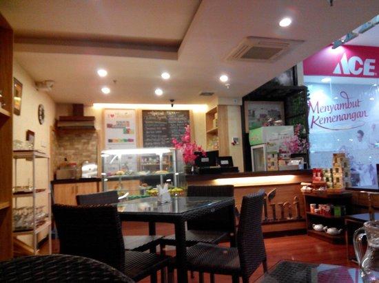 Teh Walini Bandung Restaurant Reviews Photos Tripadvisor