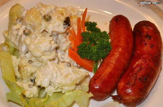 Restaurant Steinbock: Sausage with German Potato Salad