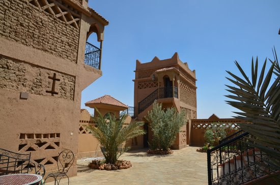 Riad Nezha: hotel and grounds