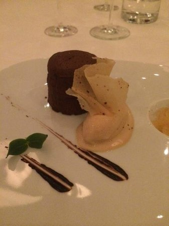 Tempo by Martin Berasategui: Chocolate Souffle - perfect ending to an amazing dining experience.