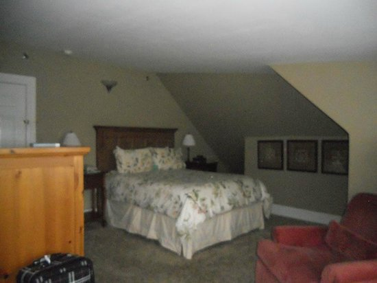 Inn on Ferry Street: My room