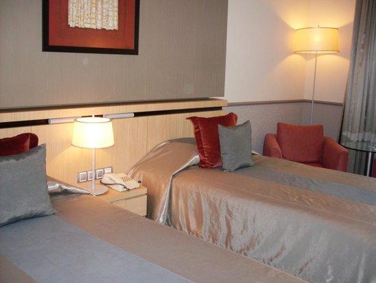 Mamaison Hotel Andrassy Budapest: Camera Deluxe