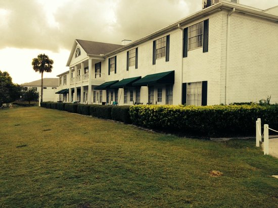 Plantation on Crystal River: Rooms facing canal