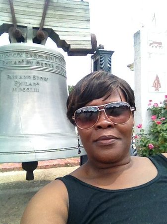 Museum of West Louisiana: Me in front of the Bell