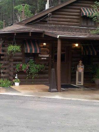Powder House Lodge : Powder House Restaurant