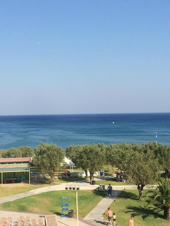 Grecotel Rhodos Royal: Вид на море