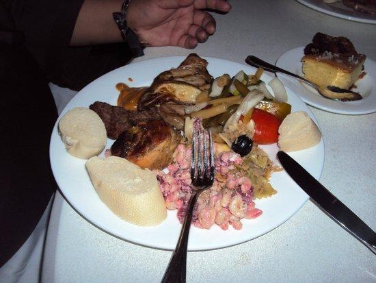 Hilton Curacao: Salad....