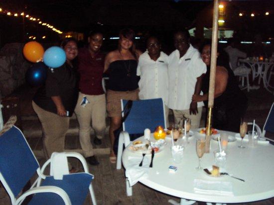 Hilton Curacao: Gracias a este personal tan atento.