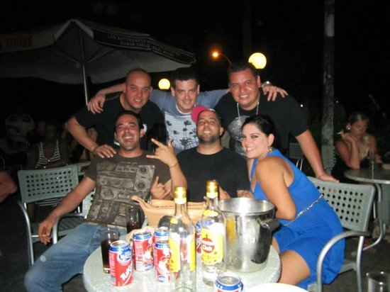 Beatles Bar: La banda mexico-cubana reunida