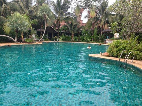 Laluna Hotel and Resort: la superbe piscine
