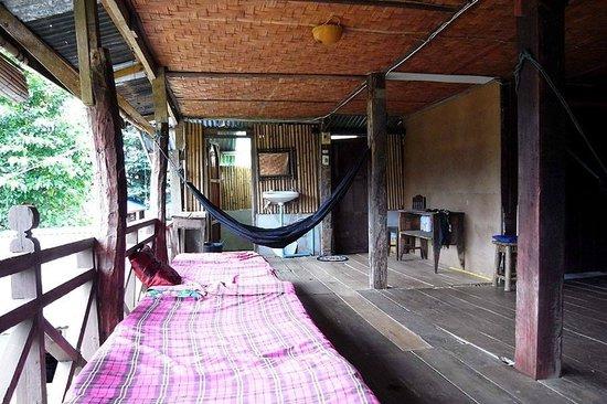 Champa Lao: common space