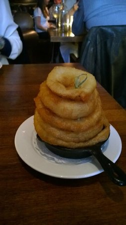 The Butchershop Bar and Grill : Onion rings