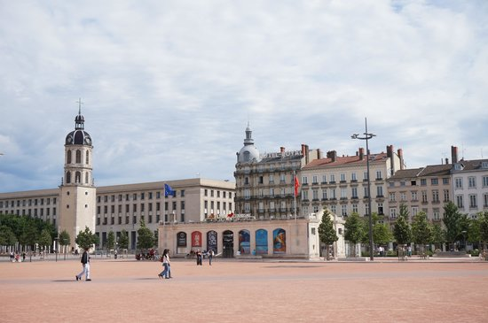office de tourisme lyon bellecour